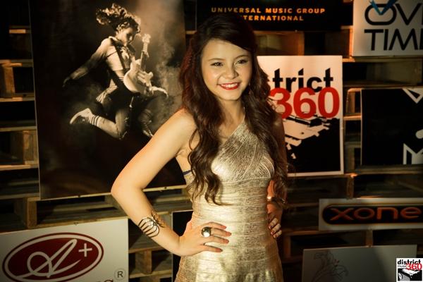 Tia Hải Châu hạnh phúc khi cho ra mắt được sản phẩm đầu tay của chính cô.