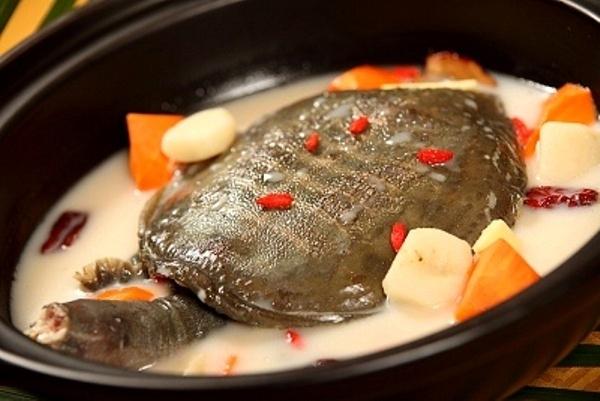 Những món ăn kinh dị nhất Singapore