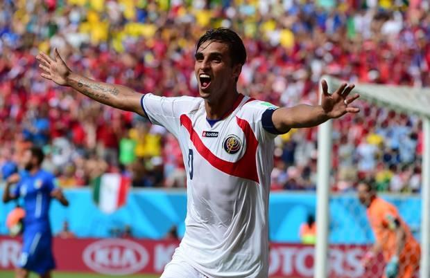 Bryan Ruiz là 1 trong 7 cầu thủ phải tham dự buổi kiểm tra doping bất thường