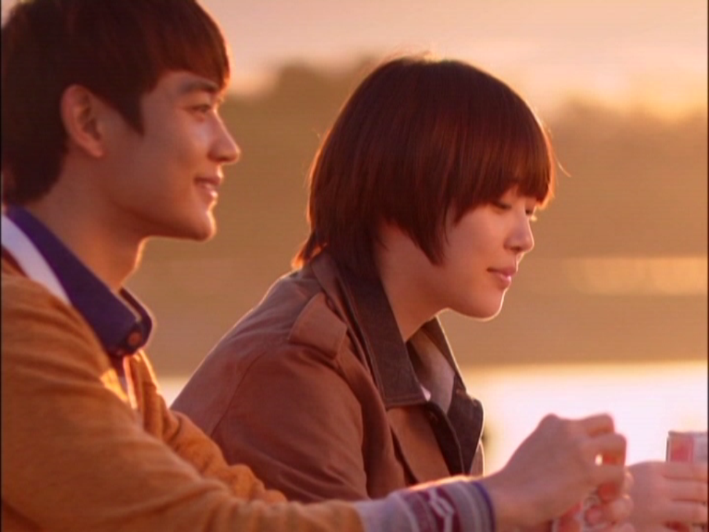 Tae Joon hạnh phúc khi bạn gái chủ động đến thăm mình