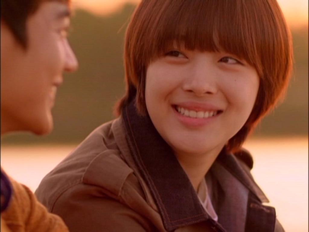 Trong khi Jae Hee luôn mang nụ cười để che giấu bí mật chia xa của mình với Tae Joon