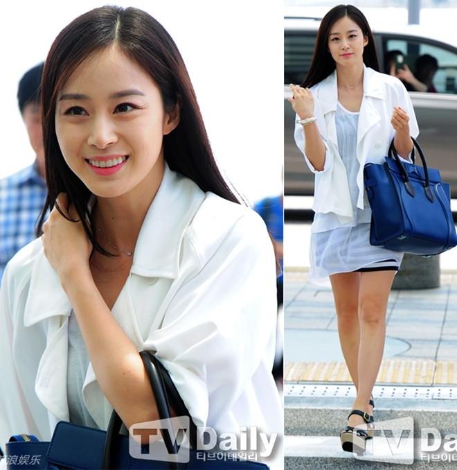 Kim Tae Hee duyên dáng và xinh xắn trong chuyến đi sang Trung Quốc cuối tháng 5.