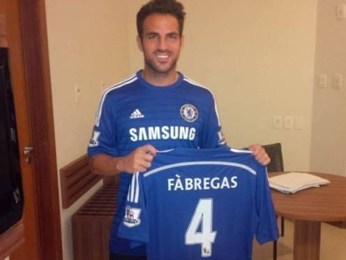 Fabregas rất háo hức ra mắt trong màu áo mới