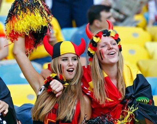 Cổ động viên cuồng nhiệt của Bỉ.