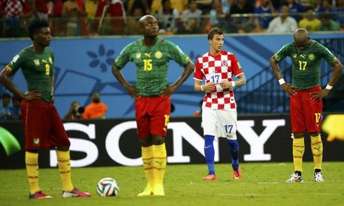 Trận thua Croatia khiến Cameroon hầu như không còn cửa đi tiếp. Họ sau đó thua tiếp chủ nhà Brazil 1-4 và bị loại với tư cách đội chót bảng A.