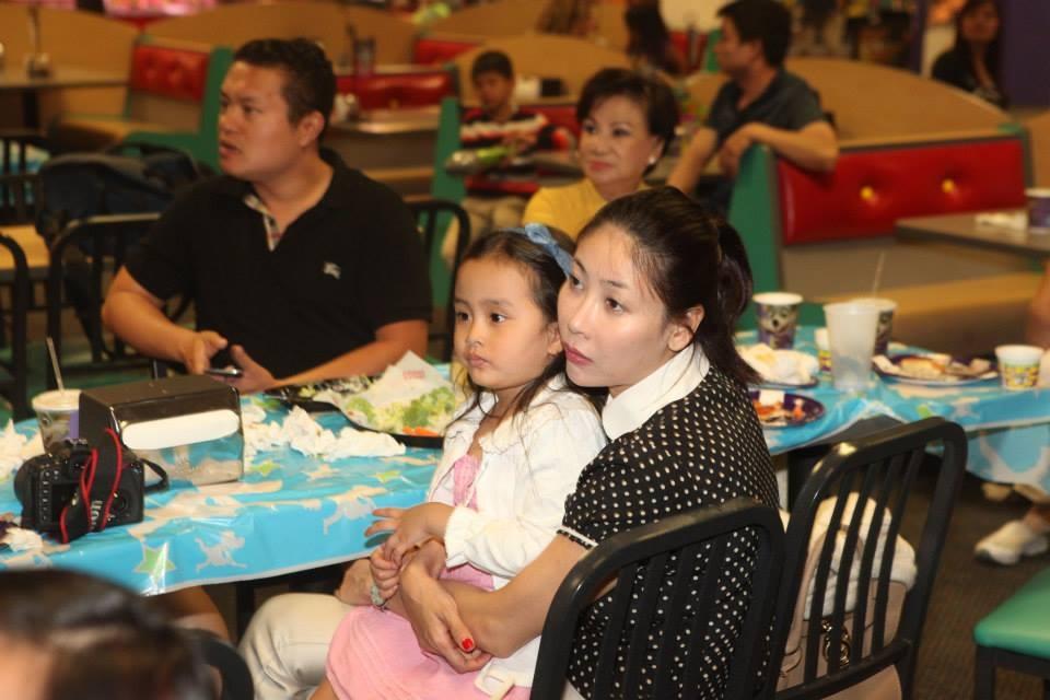 Mẹ con Hoa hậu Hà Kiều Anh - Tin sao Viet - Tin tuc sao Viet - Scandal sao Viet - Tin tuc cua Sao - Tin cua Sao