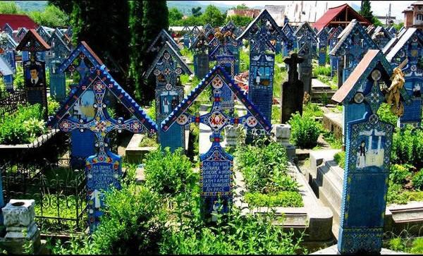 Những địa danh đẹp ngỡ ngàng bạn nên tới thăm trước khi chết
