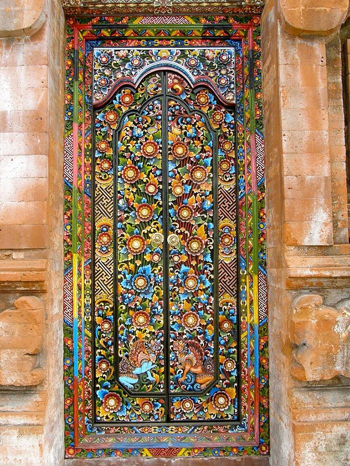 Những cánh cửa đẹp thần kì như trong cổ tích