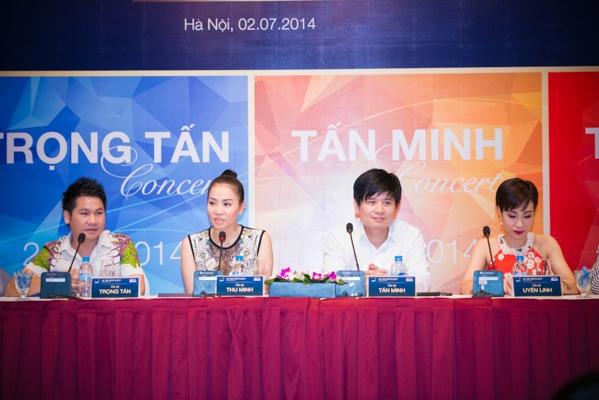 Chuỗi chương trình In the spotlight lần này sẽ bao gồm 4 concert của 4 ca sỹ: Uyên Linh (tháng 8), Trọng Tấn (tháng 9), Tấn Minh (tháng 11), Thu Minh (tháng 12).