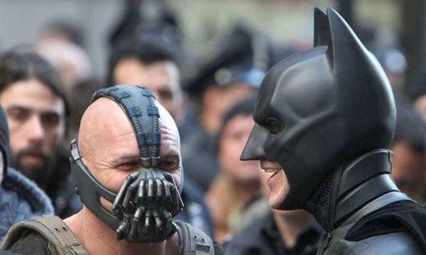 Bane và Batman = Bạn thân thiết?!