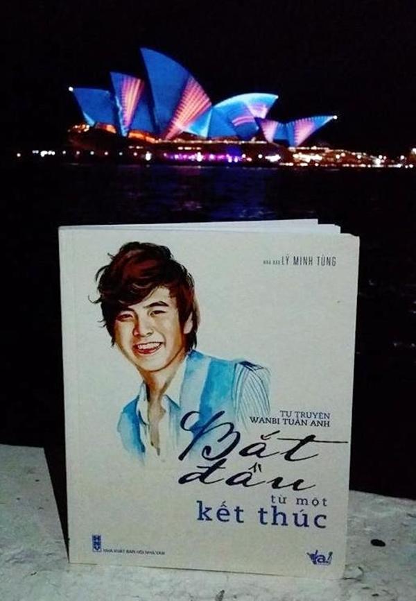 Anh đã được đi tham quan những danh lam thắng cảnh ở châu Âu.  Nhà hát Opera Sydney (nhà hát Con Sò) - Úc.