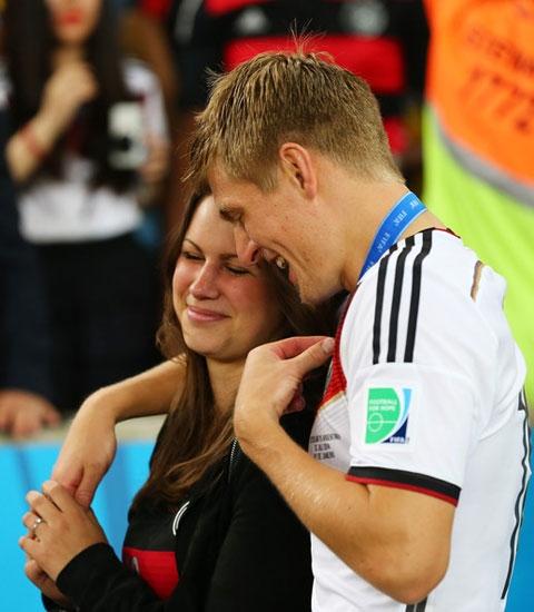 [ Bóng Đá ] Dàn WAGs lộng lẫy ăn mừng chức vô địch của ĐT Đức