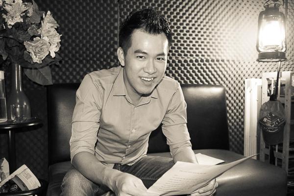 Vy Oanh và Hồ Trung Dũng rất đầu tư cho tiết mục trong chương trình lần này, bằng cách đầu tư cho giọng hát khi cùng nhau tập luyện và thu âm tại phòng thu của nhạc sĩ Nguyễn Hoàng Duy. - Tin sao Viet - Tin tuc sao Viet - Scandal sao Viet - Tin tuc cua Sao - Tin cua Sao