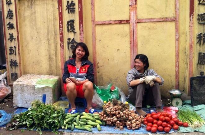 Hình ảnh tuyển thủ nữ Nguyễn Thị Liễu trở về cuộc sống đời thường