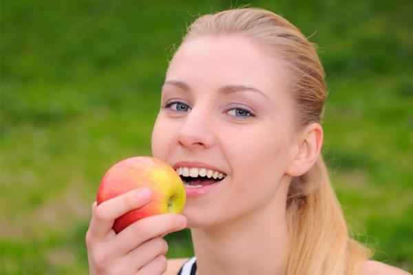 Những tip cần biết để có nụ cười trắng sáng