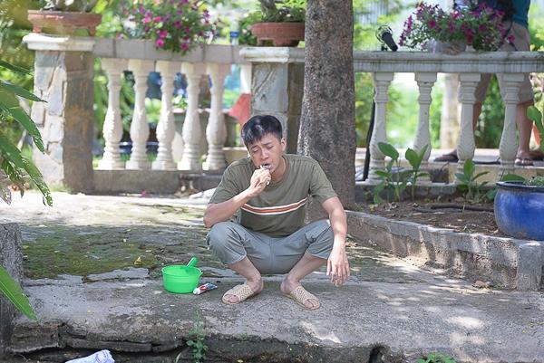 """Minh Hằng đặc biệt yêu thích khả năng diễn hài của Ngô Kiến Huy trong phim """"Thần tượng"""" nên đã quyết định mời nam ca sĩ đóng vai chính cùng mình trong phim ngắn lần này. - Tin sao Viet - Tin tuc sao Viet - Scandal sao Viet - Tin tuc cua Sao - Tin cua Sao"""