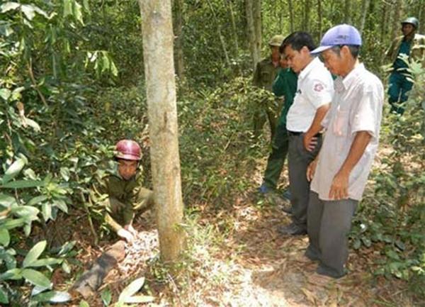 Hiện trường nơi xảy ra nổ đầu đạn khiến ông Nguyễn Bảy tử vong.