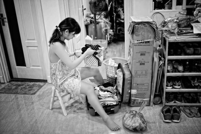 Cộng đồng mạng thích thú với bộ ảnh nhật kí mang thai