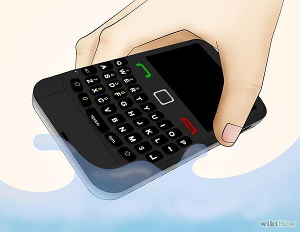 Thời gian cách ly smartphone với nước ảnh hưởng mạnh mẽ tới khả năng sống còn của thiết bị. Hãy tắt nguồn ngay sau khi lấy thiết bị ra khỏi nguồn nước hay tới khu vực không mưa.
