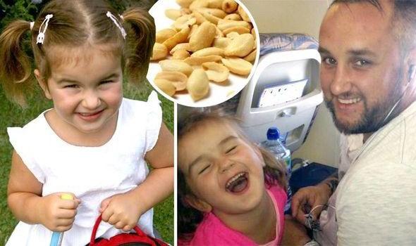 Hành khách cố ý ăn đậu phộng, bé 4 tuổi bất tỉnh trên máy bay