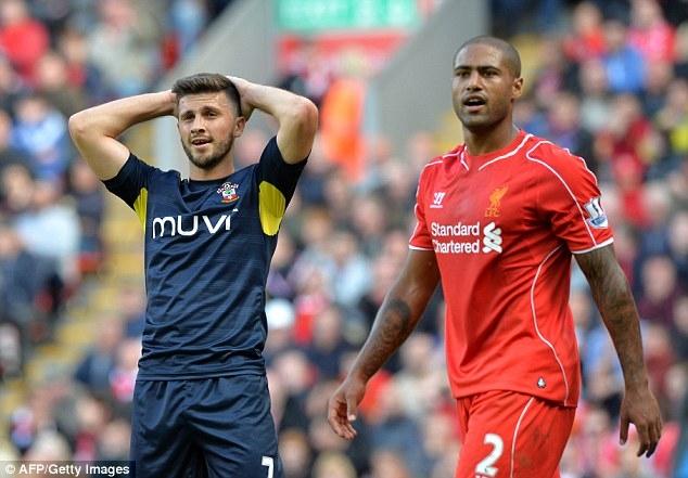 Shane Long lẽ ra đã có bàn thắng ngay trong trận ra mắt Southampton