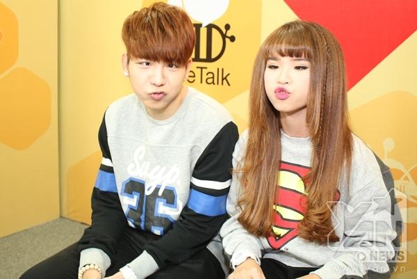 Huy Khánh và Khởi My đã mang đến cho khán giả những phút giây thoải mái khi theo dõi chương trình YAN Chat.