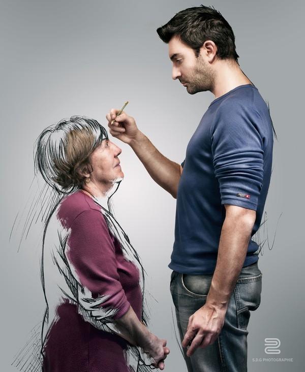 Bà củaGrossolà người truyền niềm đam mê hội họa cho anh, bà dạy cho anh vẽ từ nhỏ