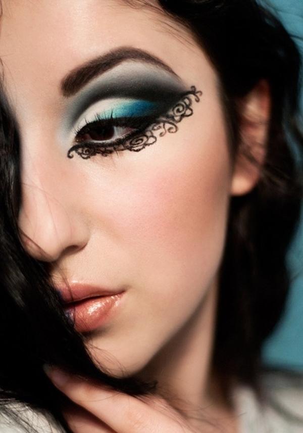 Những kiểu kẻ eyeliner đầy sáng tạo