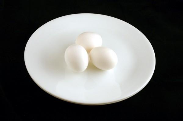 Ba quả trứng = 200 calo
