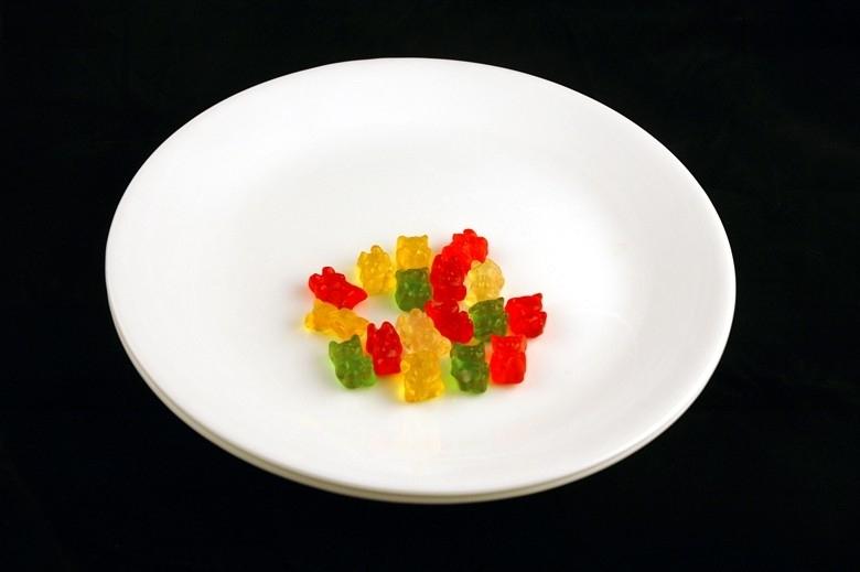 17 viên kẹo dẻo = 200 calo