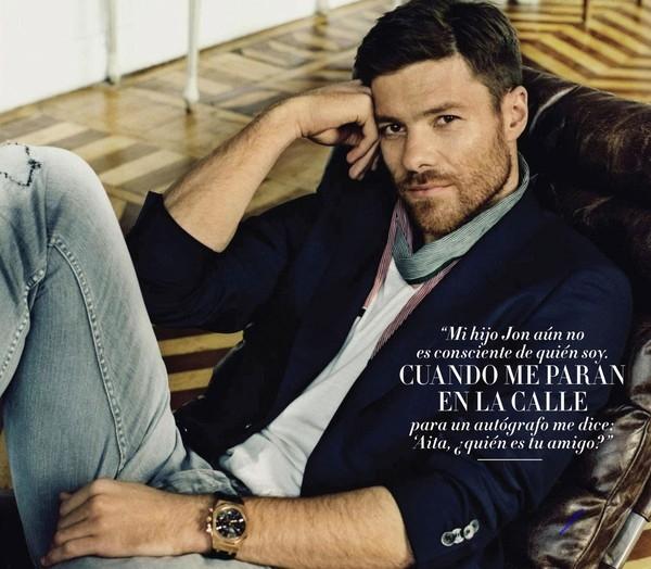 Bộ râu không những tôn lên vẻ ngoài như một quý ông của Alonso mà càng khiến anh có vẻ chín chắn, trưởng thành hơn.