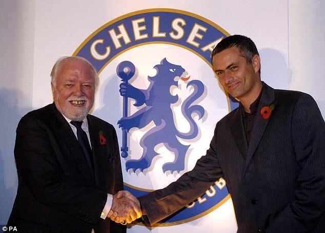 Huân tước Richard Attenborough và Mourinho