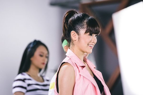 Song song đó, tháng 10, Hoàng Yến dự định trau dồi các kỹ năng sân khấu tại Học viện Soul của Thanh Bùi.