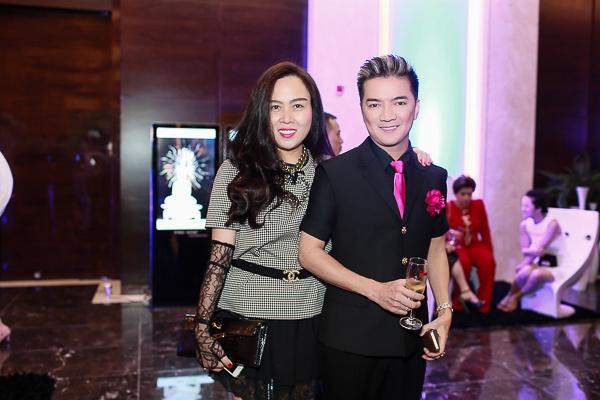 Đàm Vĩnh Hưng dự tiệc cùng doanh nhân Phượng Chanel - Tin sao Viet - Tin tuc sao Viet - Scandal sao Viet - Tin tuc cua Sao - Tin cua Sao