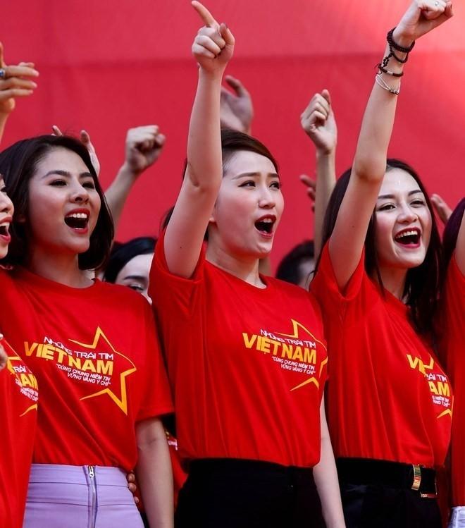 Sao Việt người đi chơi, kẻ làm việc trong kỳ nghỉ 2/9