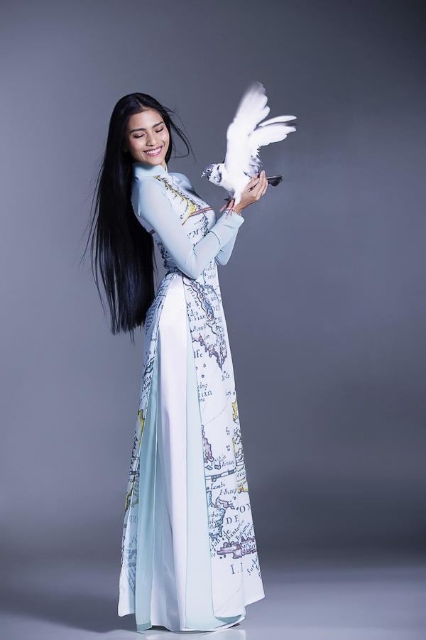 Thông qua bộ ảnh này, Trương Thị May muốn thể hiện tình cảm, khát khao hòa bình, thể hiện lòng yêu nước và sự gắn kết với thiên nhiên.