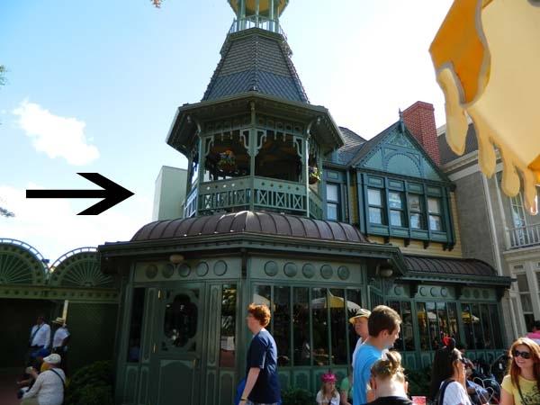 Những bí mật của Disneyland