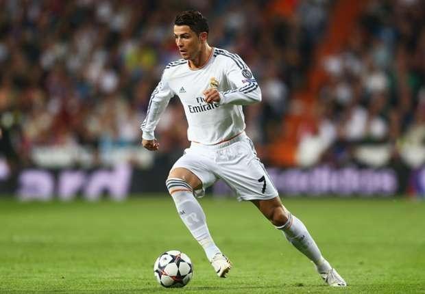 Ronaldo cũng được vinh danh ở hai hạng mục