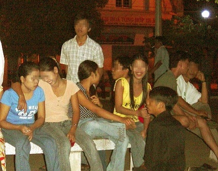 'Chợ tình osin' giữa Sài Gòn