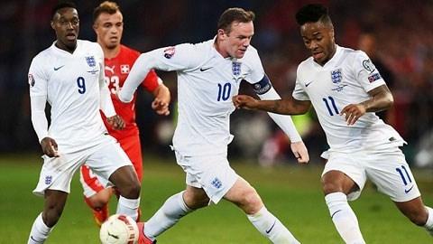 Từ trái qua: Welbeck - Rooney - Sterling