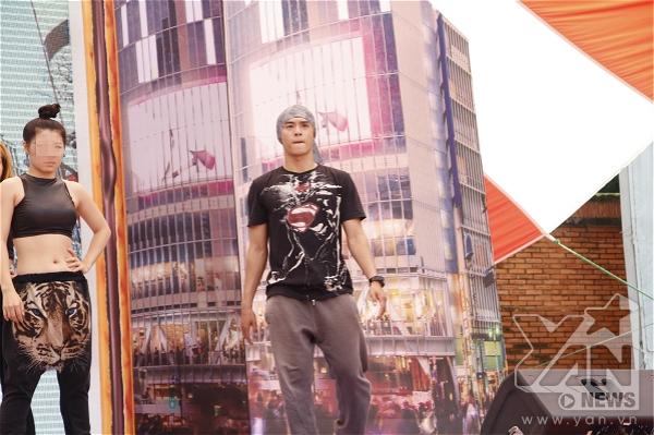 Ngoài vai trò giám khảo, Lâm Vinh Hải còn là biên đạo cho các bài nhảy của thí sinh - Tin sao Viet - Tin tuc sao Viet - Scandal sao Viet - Tin tuc cua Sao - Tin cua Sao