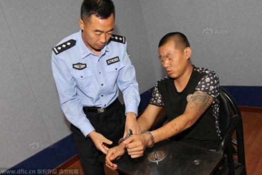 Kết bạn online, nữ sinh ĐH bị bắt làm nô lệ tình dục 7 tháng