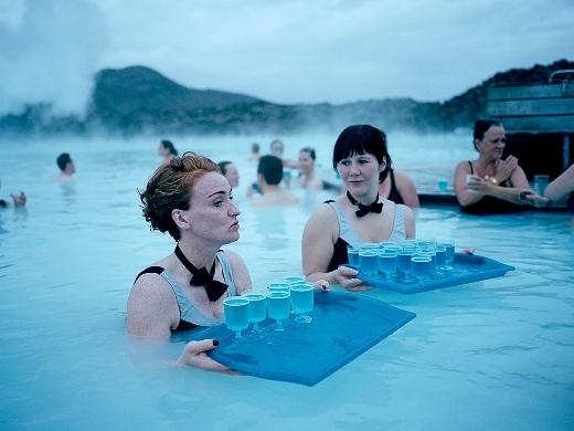 Đắm chìm với suối nước nóng địa nhiệt cực ấn tượng