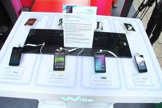 "Smartphone của Pháp ""gây sốt"" cho giới trẻ"