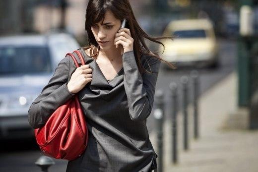 Những điều cần biết để sử dụng điện thoại di động một cách văn minh