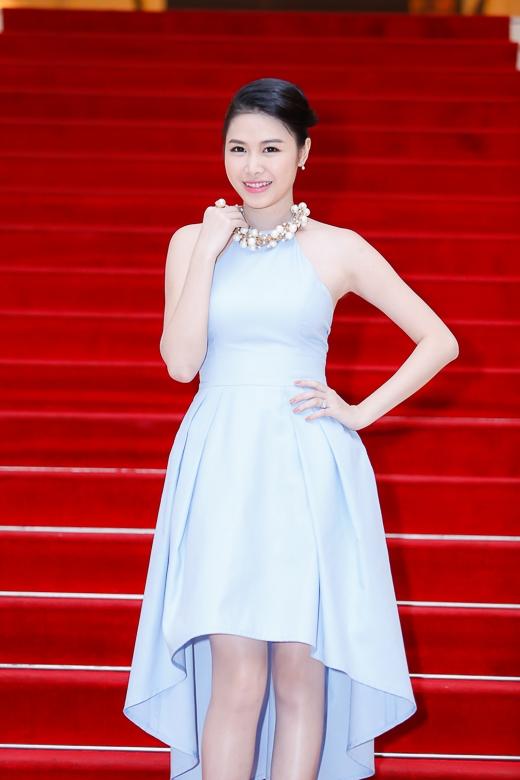 Thủy Anh từng là một trong những hot girl khá đình đám ở Hà Nội, là người mẫu chụp ảnh cho báo Hoa học trò. - Tin sao Viet - Tin tuc sao Viet - Scandal sao Viet - Tin tuc cua Sao - Tin cua Sao