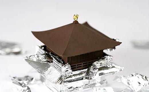 Cận cảnh ngôi đền được 'điêu khắc' tinh tế từ chocolate