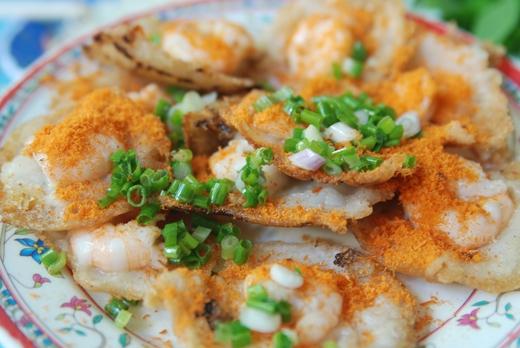 Khám phá ẩm thực Vũng Tàu cũng là một trong những sở thích của Thái Trinh