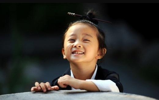 Mọi người đều đồng loạt cho rằng đây chính là đạo sĩ nhí dễ thương nhất Trung Quốc, thậm chí là dễ thương nhất quả đất