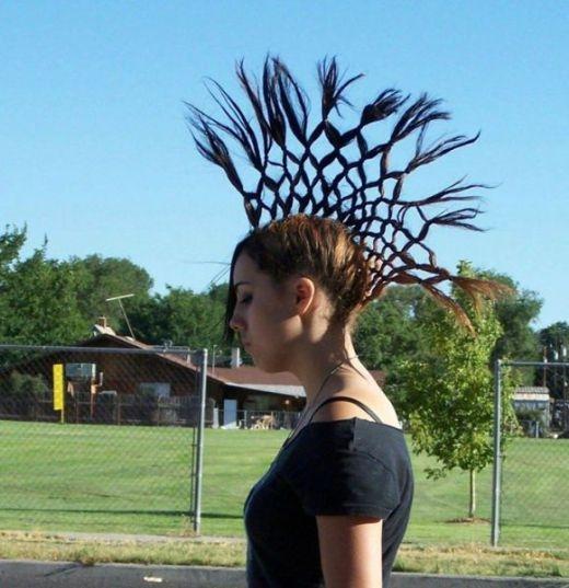 Sáng tạo kết hợp với mái tóc tạo thành nghệ thuật